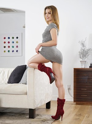 Teen In Boots Pics